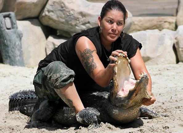 Gator Wrestler03