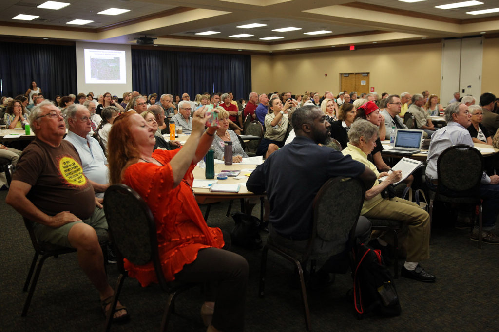 Dozens of people attend a fracking summit Nov. 2 at Florida Gulf Coast University in Fort Myers. (Beverly Bidney photo)
