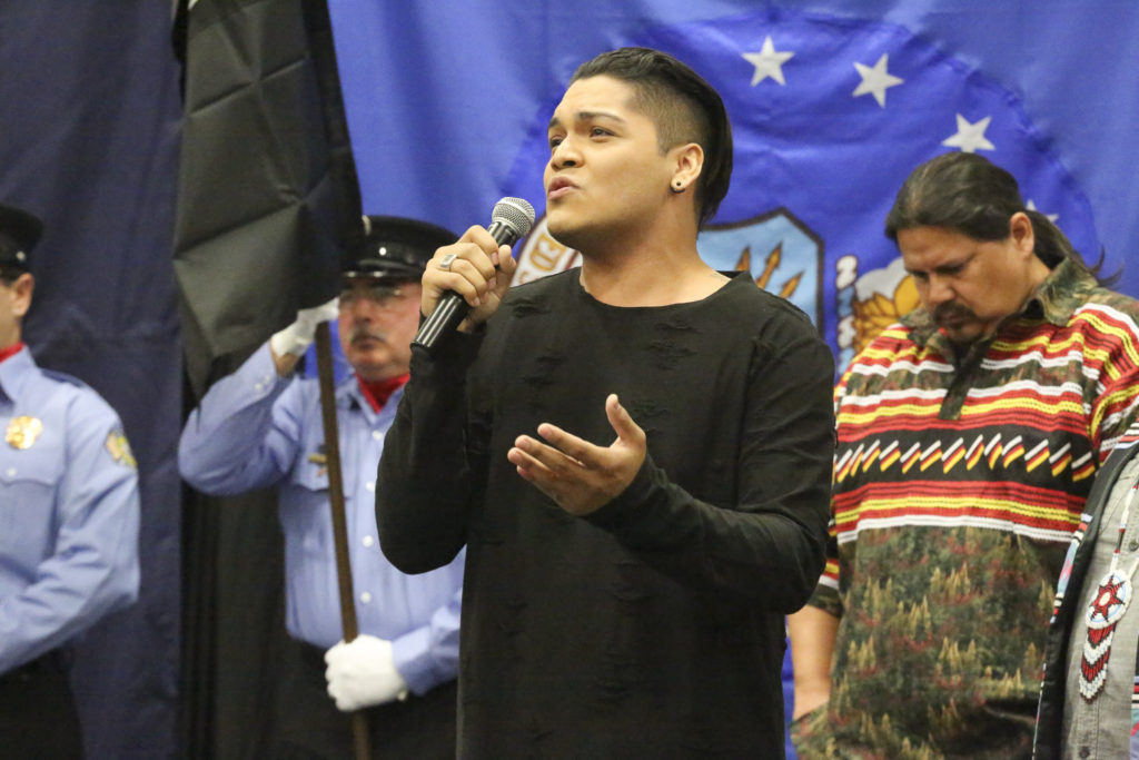 Special guest Spencer Battiest sings 'God Bless the USA' on Nov. 11 at the Veterans Day celebration in Big Cypress. (Stephanie Rodriguez photo)