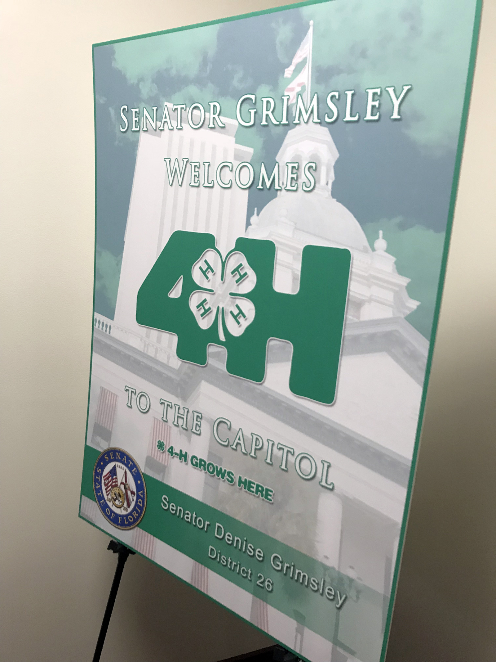 Students meet with legislators for 4-H Day